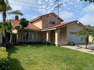 Santa Ana Single Family Home For Sale: 2402 W Moore Avenue