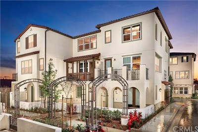 La Habra Condo/Townhouse For Sale: 163 Reed Lane