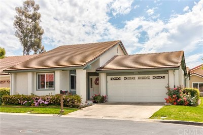Mission Viejo Single Family Home For Sale: 27716 Calle Valdes
