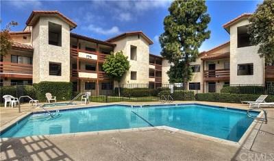 Huntington Beach Condo/Townhouse For Sale: 7715 Newman Avenue #301