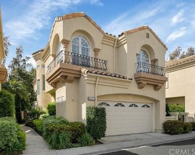 Laguna Hills Condo/Townhouse For Sale: 26471 La Scala