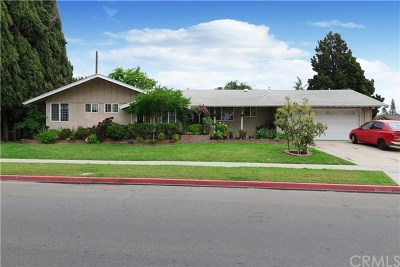Garden Grove Single Family Home Active Under Contract: 11112 Palmwood Drive