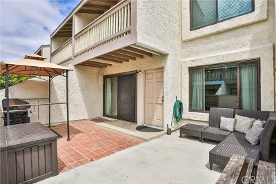 Huntington Beach Condo/Townhouse For Sale: 17815 La Costa Lane #95