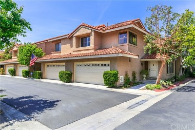 Fountain Valley Condo/Townhouse For Sale: 9815 Scanlan Court