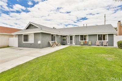Huntington Beach Single Family Home For Sale: 5772 Middlecoff Drive
