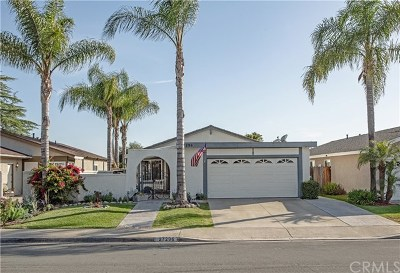 Mission Viejo Single Family Home For Sale: 27296 Jardines