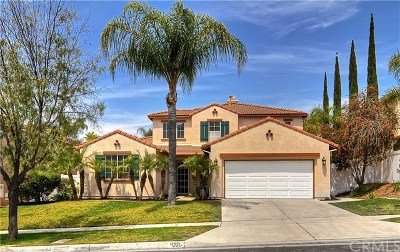 Corona Single Family Home For Sale: 889 Feather Peak Drive