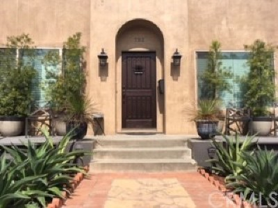 Huntington Beach Single Family Home For Sale: 752 Main Street