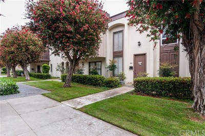 Huntington Beach CA Condo/Townhouse For Sale: $599,000