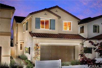 Moreno Valley Single Family Home For Sale: 27404 Basalt Way