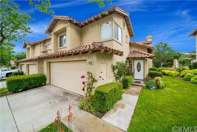 Rancho Santa Margarita Condo/Townhouse For Sale: 15 Regato