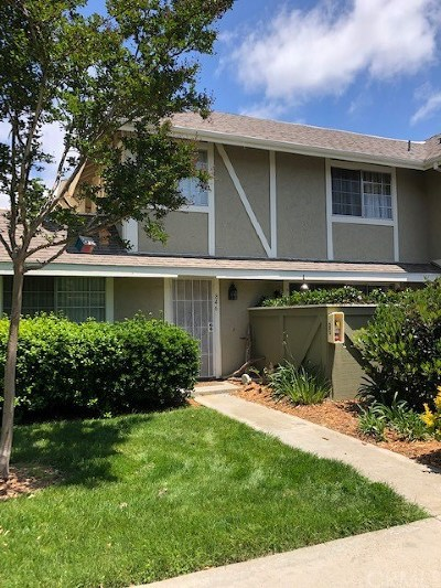 Oceanside Condo/Townhouse For Sale: 846 Pillar Point Way #2