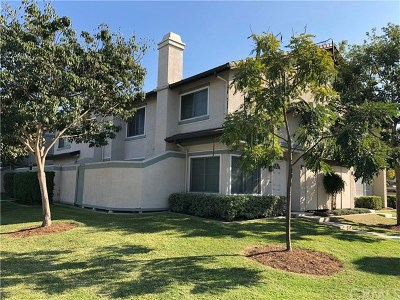 Irvine Condo/Townhouse For Sale: 73 Oxford #46