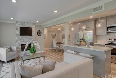 Laguna Woods Condo/Townhouse For Sale: 2199 Via Mariposa E E #D