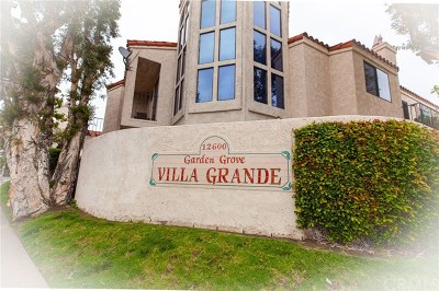 Garden Grove Condo/Townhouse For Sale: 12600 Euclid Street #24