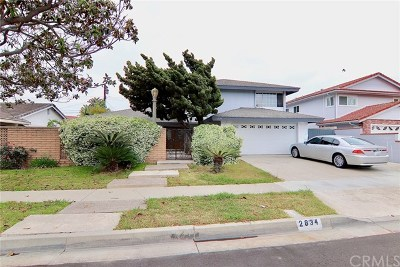 Costa Mesa Single Family Home For Sale: 2834 Monterey Avenue