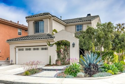 Huntington Beach Single Family Home For Sale: 7104 Forest Glen Drive