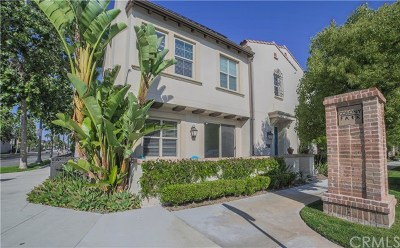 Anaheim Condo/Townhouse For Sale: 500 S Kroeger Street