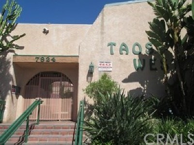 Van Nuys Condo/Townhouse For Sale: 7924 Woodman Avenue