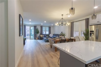 Orange County Single Family Home For Sale: 528 S Harbor