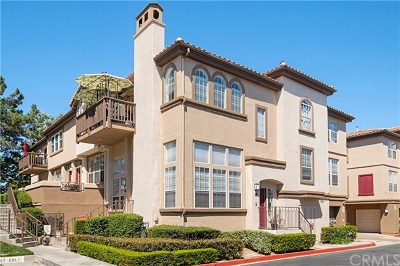 Rancho Santa Margarita Condo/Townhouse For Sale: 61 Montana Del Lago
