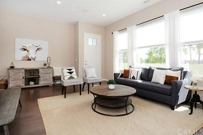 Rancho Mission Viejo Condo/Townhouse For Sale: 301 Alienta Lane