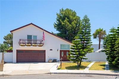 Huntington Beach CA Single Family Home For Sale: $1,099,000