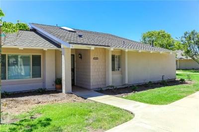 Huntington Beach Condo/Townhouse For Sale: 8685 Merced Circle #1012C