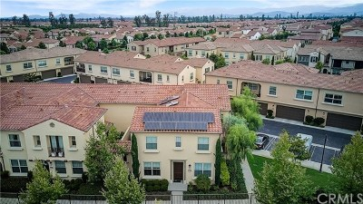Irvine Condo/Townhouse For Sale: 72 Jade Flower