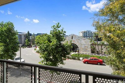 Condo/Townhouse For Sale: 21 Gramercy #222