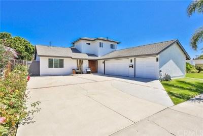 Huntington Beach Single Family Home For Sale: 6141 Kelley Circle