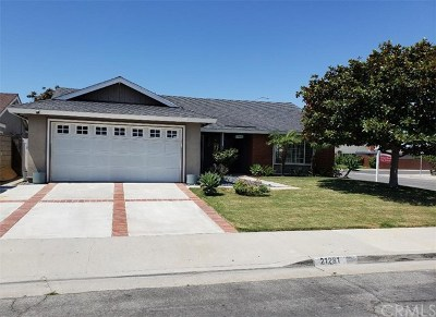 Huntington Beach Single Family Home For Sale: 21281 Sand Dollar Lane