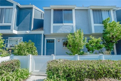 Aliso Viejo Condo/Townhouse For Sale: 73 Dogwood Lane #37