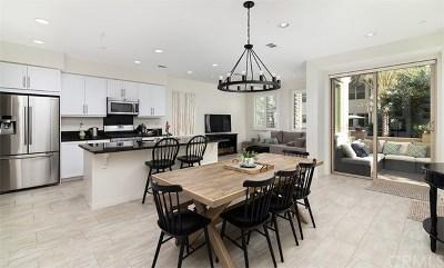 Rancho Mission Viejo Condo/Townhouse For Sale: 11 Hoya Street