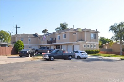 Huntington Beach Multi Family Home For Sale: 702 Jay Circle