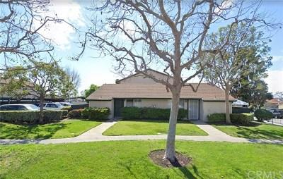 Lake Forest Condo/Townhouse For Sale: 23304 Orange Avenue #1