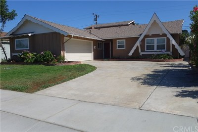 Huntington Beach Single Family Home Active Under Contract: 4662 Operetta Drive
