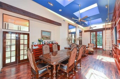 Burbank, Glendale, La Crescenta, Pasadena, Hollywood, Toluca Lake, Studio City, Alta Dena , Los Feliz Single Family Home For Sale: 322 S Grand Oaks Avenue