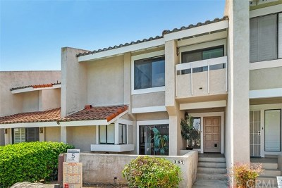 Costa Mesa Condo/Townhouse For Sale: 187 Fairwinds