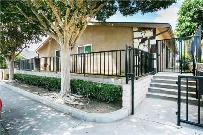 Huntington Beach Multi Family Home For Sale: 17431 Queens Lane