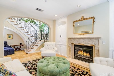 Huntington Beach Condo/Townhouse For Sale: 21418 Vera Circle