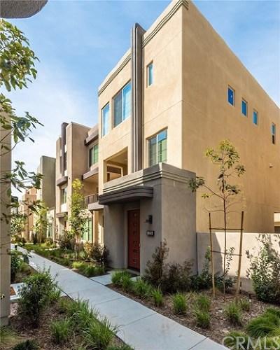 Irvine Condo/Townhouse For Sale: 273 Carmine