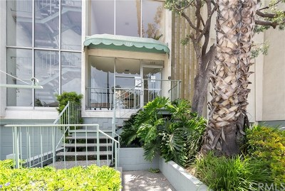 Long Beach Condo/Townhouse For Sale: 334 Gladys Avenue #105