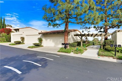 Palos Verdes Estates, Rancho Palos Verdes, Rolling Hills Estates Condo/Townhouse For Sale: 25 Oaktree Lane