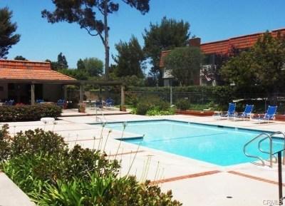 Rancho Palos Verdes Condo/Townhouse For Sale: 27909 Ridgebluff Court