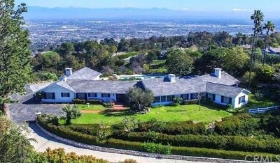 Los Angeles County Single Family Home For Sale: 7 Crest Road West