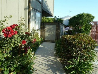 Torrance Condo/Townhouse For Sale: 817 W 232nd Street #A