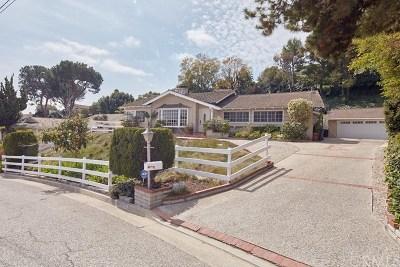 Rolling Hills Estates Single Family Home For Sale: 2220 Potrillo Rd
