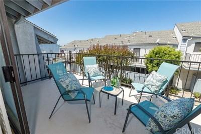 Redondo Beach Condo/Townhouse For Sale: 222 Irena #L