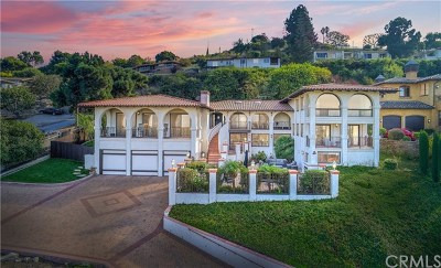 Los Angeles County Single Family Home For Sale: 2 Yellow Brick Road